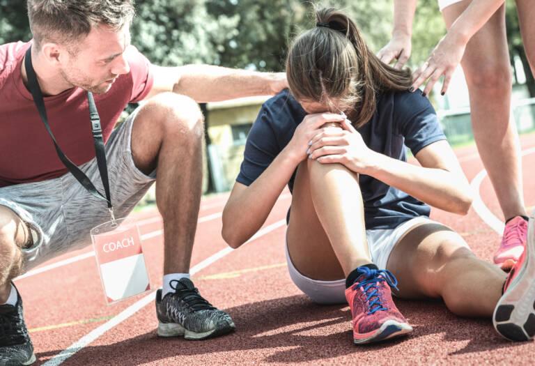Rottura del legamento crociato del ginocchio durante l'attività sportiva